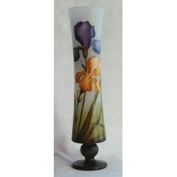 Vase sur pied iris bleues et jaunes