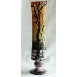 Vase en relief paysage d'été