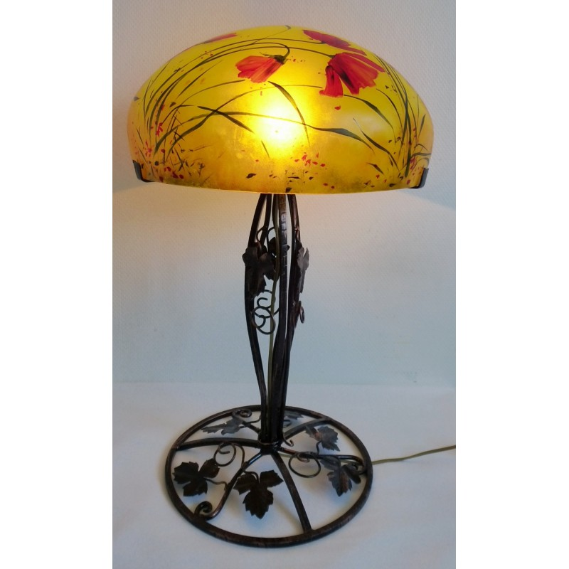 Grande lampe d cor floral sur pied en fer forg viorel panait for Peinture sur fer forge