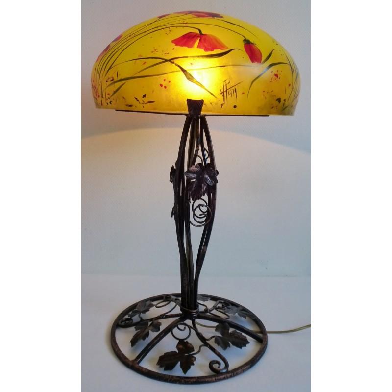 Grande lampe d cor floral sur pied en fer forg viorel for Lampe pied en verre