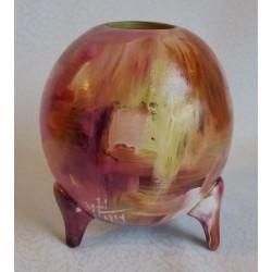 Vase décoratif sur trépieds